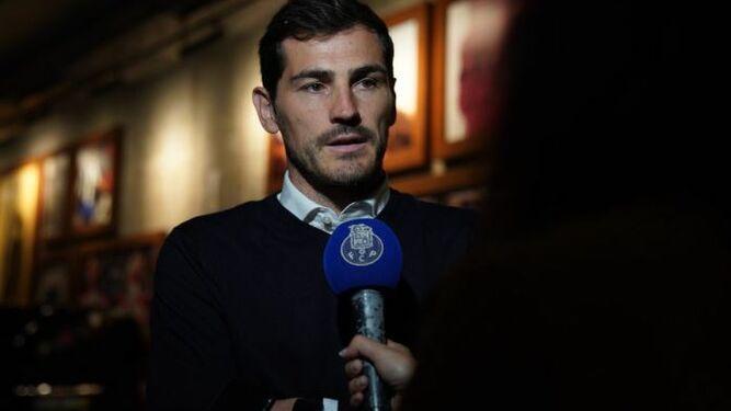 Dos meses después de su infarto, Casillas se une al equipo directivo del Oporto