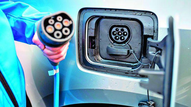 Autos eléctricos toman impulso