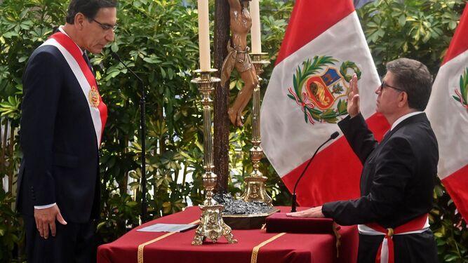 Presidente de Perú instaló su nuevo gabinete