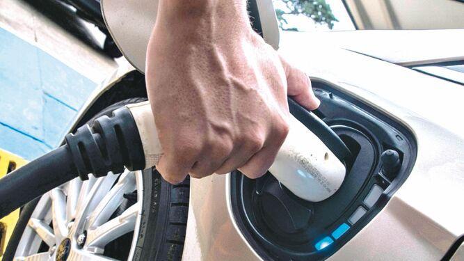 Costa Rica dará crédito para autos eléctricos