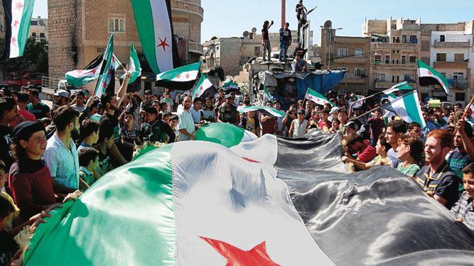 Rebeldes sirios niegan retirar armas pesadas tras un nuevo acuerdo