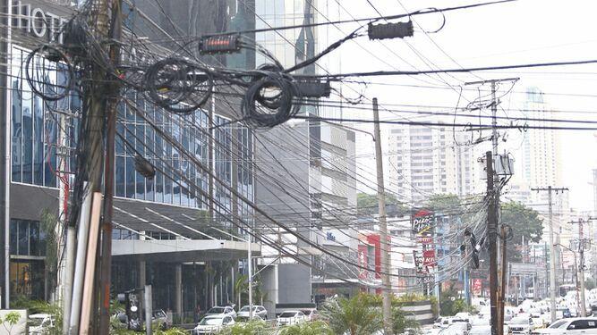 El tortuoso camino del soterramiento de cables