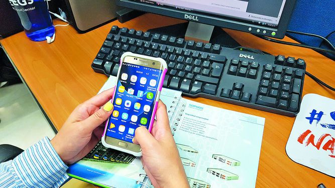 Reformas a ley de telefonía celular generan inquietud