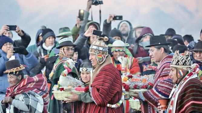Bolivia recibe el año nuevo indígena 5527 con ritual