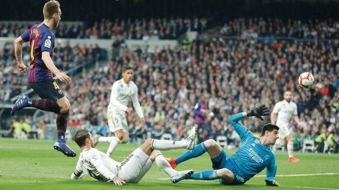 Barcelona vuelve a golpear al Madrid