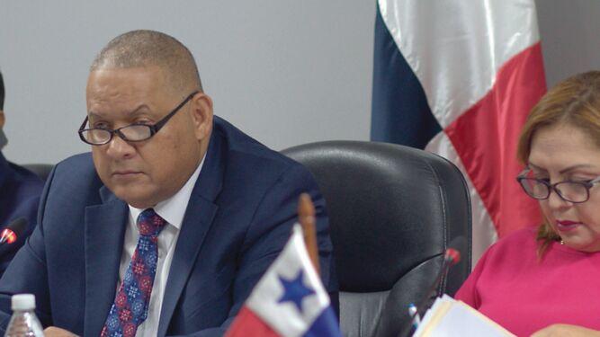 Comisión de Presupuesto traslada $43.8 millones en un día