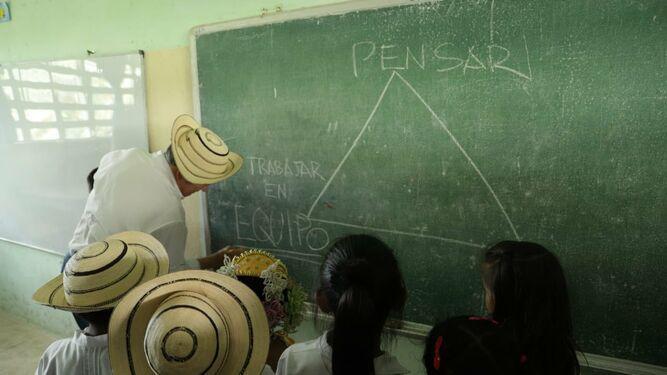 Presidente Cortizo realiza en Coclé su primera visita comunitaria