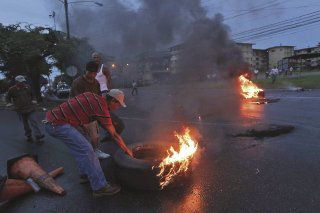 Arde Colón por venta de tierras de ZLC
