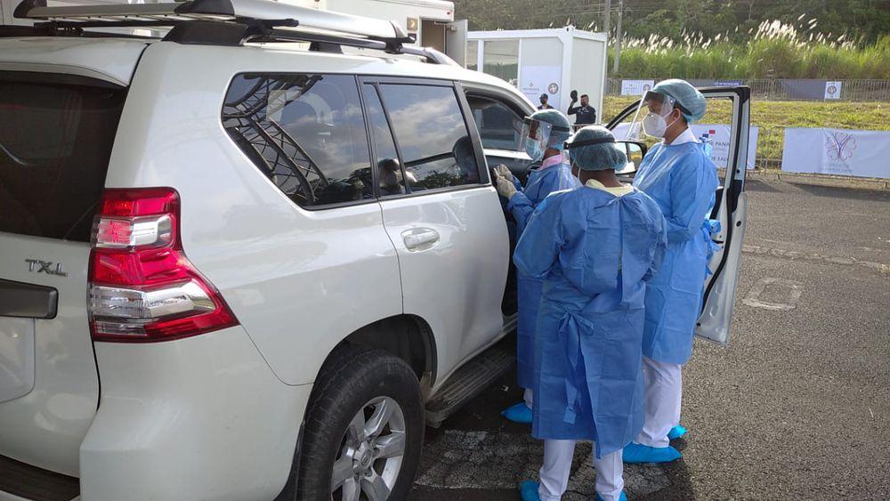 Empiezan a funcionar los autorápidos de vacunación en Colón y Panamá Oeste