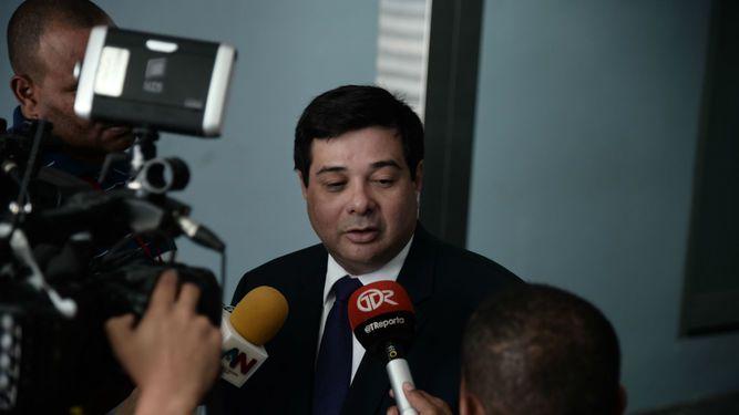 Contralor denuncia a diputado Jorge Alberto Rosas por contratos en Asamblea