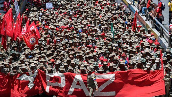 Seguidores de Maduro se movilizan en rechazo a informe de Bachelet