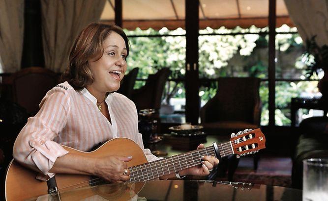 Graciela Carrizo de Boyd le canta al papa Francisco