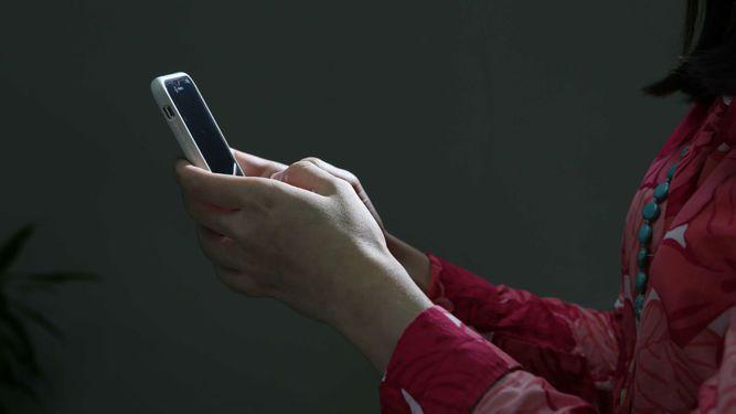 Panamá acuerda impulsar eliminación de los cargos por el uso del 'roaming'