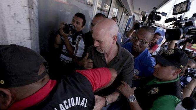Arrestan a Pérez y a Garuz  por pinchazos