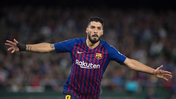 Suárez anotó sobre el final y Barcelona derrota al Arsenal