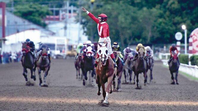 Carlos L. ganó categóricamente