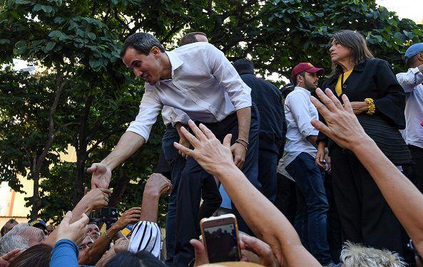 Guaidó califica de 'inverosímil' nueva negociación con Maduro