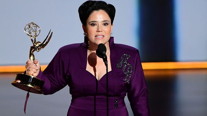 'The Marvelous Mrs. Maisel' y 'Fleabag' acaparan primeros Emmys de comedia