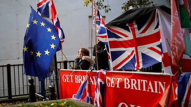 Dirigentes de la UE aprueban acuerdo del Brexit
