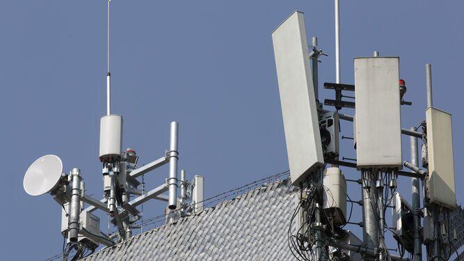 Claro invertirá $300 millones en tecnología 5G en Panamá