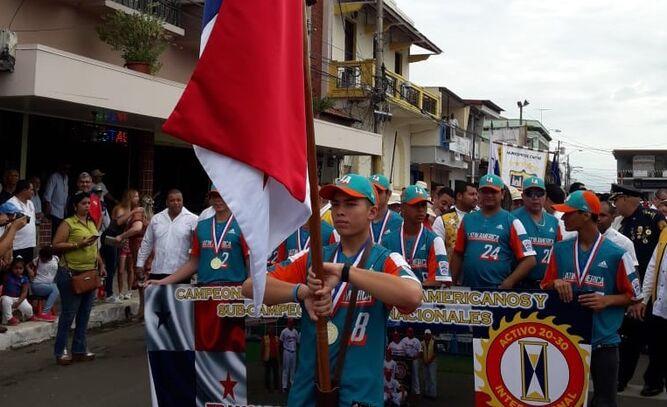 Distinguen a los campeones latinoamericanos como abanderados en Chitré