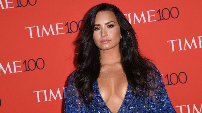 Hospitalizan a la cantante Demi Lovato