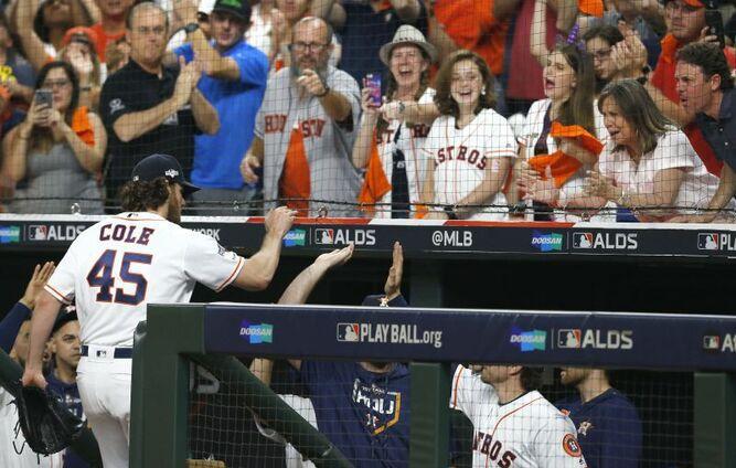 Astros de Houston se ponen arriba en su Serie Divisional