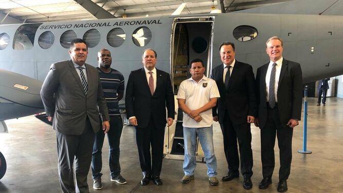 Varela: Estados Unidos dona equipos para avión de $10 millones