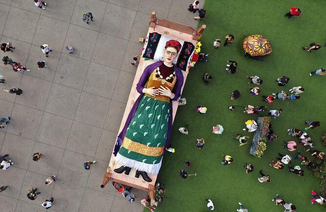 Homenaje a Frida Khalo con exposición en el Zócalo
