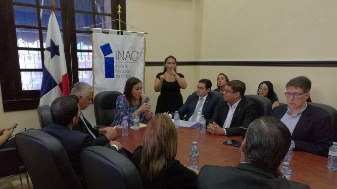 En el futuro Ministerio de Cultura se realiza reunión de transición