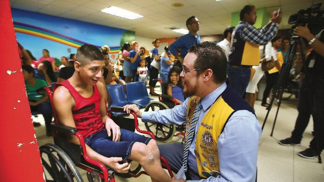 Cirugías ortopédicas para niños con parálisis