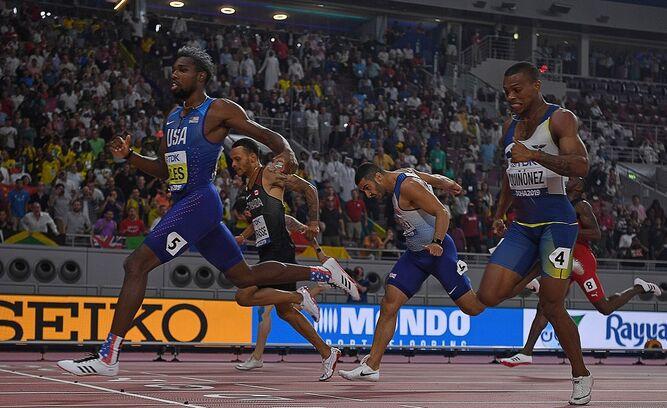 Lyles gana final de 200 metros y ecuatoriano Quiñónez es tercero