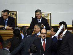 Oposición venezolana pone en agenda la ley de amnistía para presos políticos