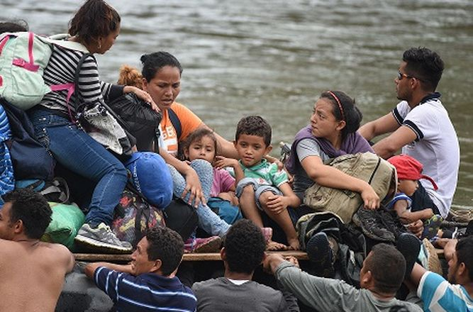 UNICEF pide proteger a los niños migrantes de la caravana hondureña