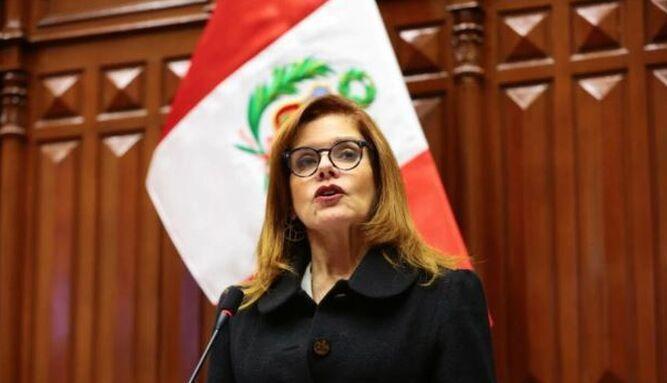 Congreso de Perú destituye a Vizcarra y nombra presidenta interina