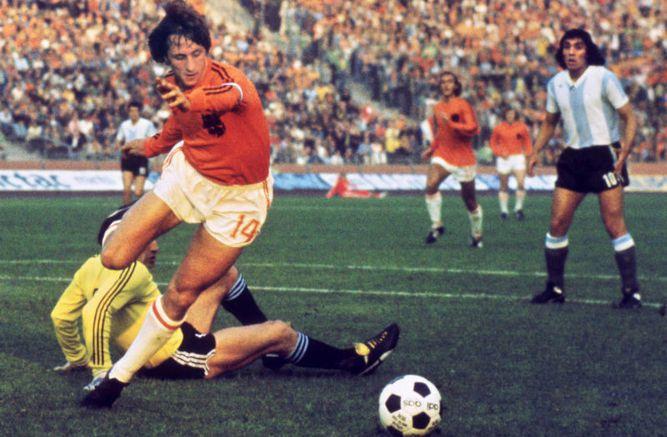 Figuras del fútbol mundial reaccionan tras la muerte de Johan Cruyff