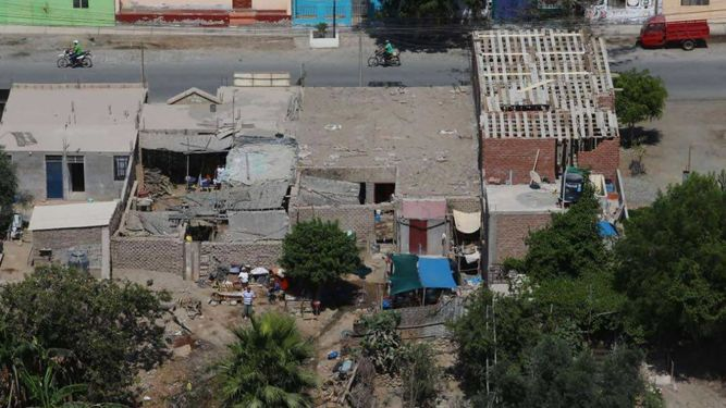 Al menos dos muertos por sismo de 7.3 grados en Perú