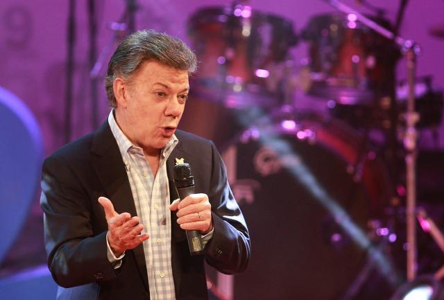 El presidente de Colombia emprende gira por Ecuador, México, Perú y EU