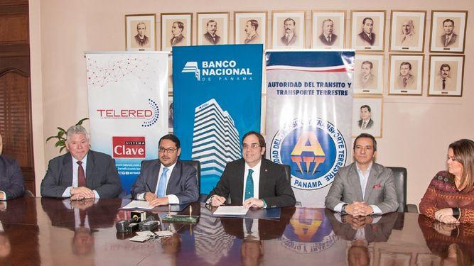 Banco Nacional de Panamá firma convenio con la ATTT