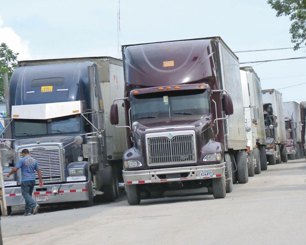 Transportistas alegan competencia desleal