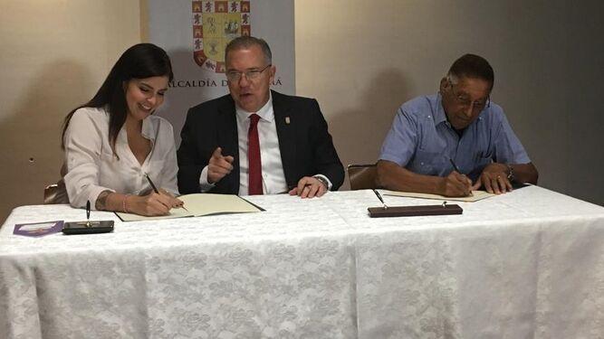 Alcalde José Luis Fábrega firma nuevo convenio con oenegés para subsidios