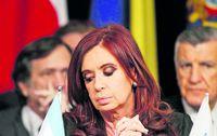 Hallan muerto al fiscal que pidió indagatoria de presidenta de Argentina
