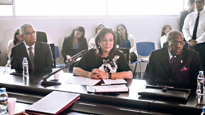 'Panamá mantendrá ante la OEA postura de diálogo': Roquebert