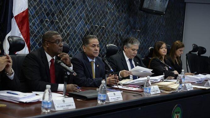 Comisión de Credenciales anuncia que solo 24 aspirantes cumplen los requisitos para ser contralor