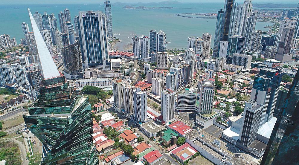 Panamá enfrenta crisis en mejor posición que AL | La Prensa Panamá