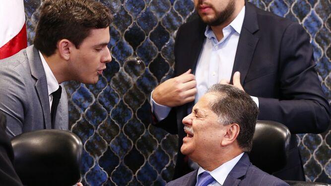 Roberto Ábrego promete discutir proyecto de reformas a la Asamblea y acusa a Juan Diego Vásquez