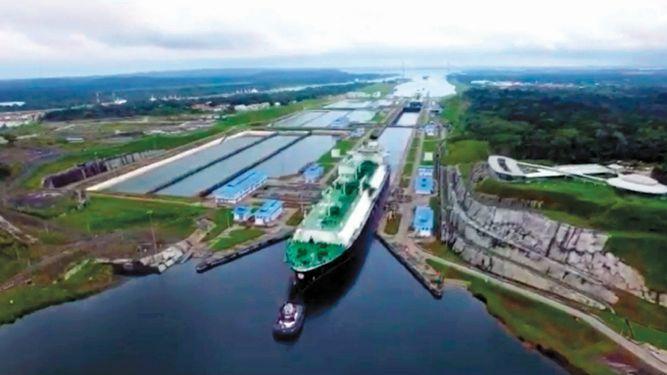 Canal de Panamá alcanza 4 mil tránsitos de neopanamax