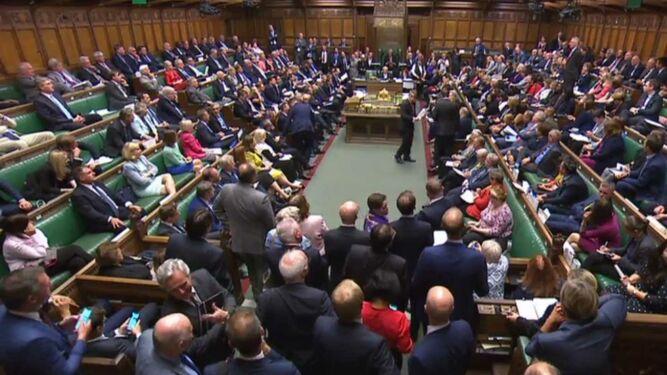 Diputados británicos aprueban ley contra un 'brexit' sin acuerdo