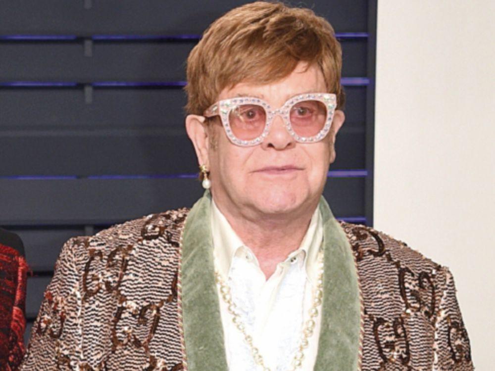 Músico Elton John tacha el Brexit de 'catástrofe'