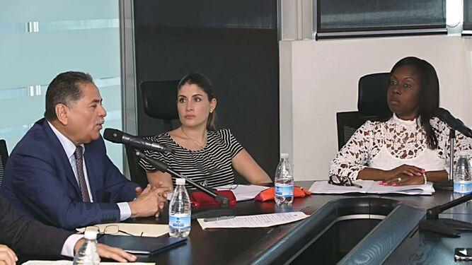 El MOP 'hará ajustes en el proyecto del cuarto puente  sobre el Canal'